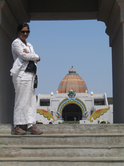 Nirmala at the monument