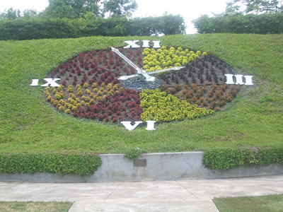 Floral Clock, donated by the Kiwanis Club of Orlando in 1975